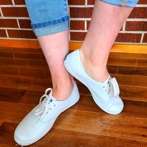 Excellent Cond White LEATHER Keds 9